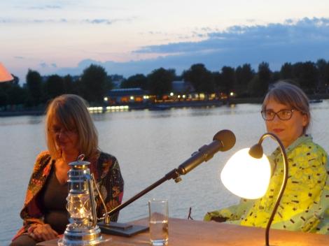 gabriele petricek & wally rettenbacher/literatur am steg 2017. foto: © christa nebenführ